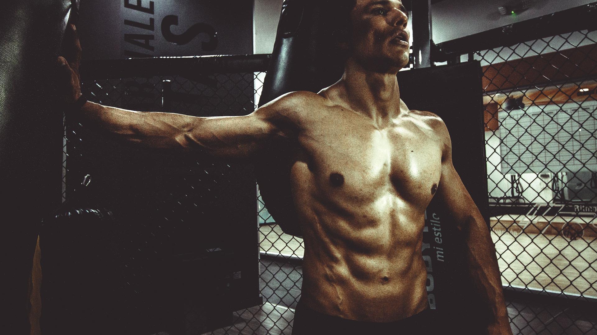 attrezzi fitness per rassodare il corpo